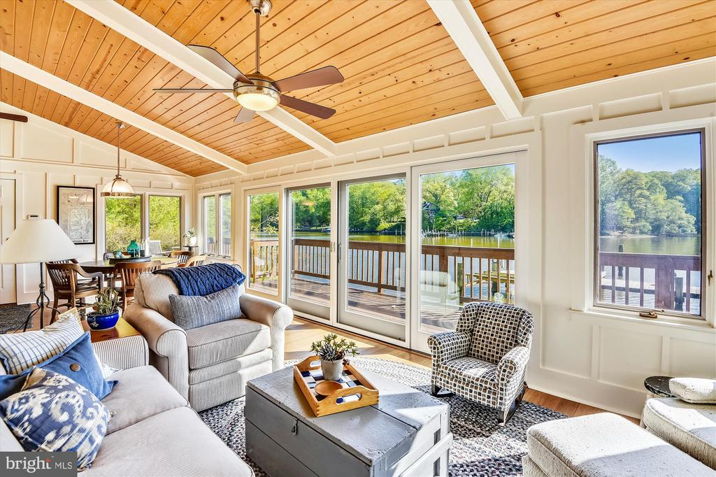 Fully insulated, comfy & beachy! - 236 MOUNTAIN LAUREL LN, ANNAPOLIS