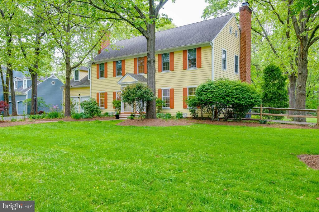 Level Front Yard - 344 DUBOIS RD, ANNAPOLIS