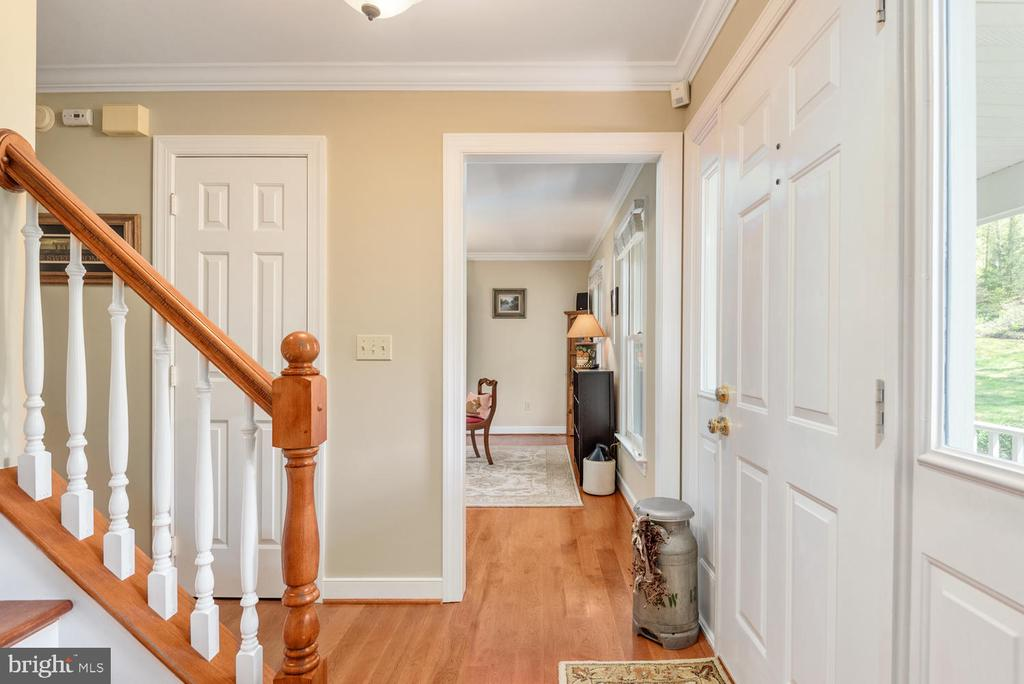 Foyer view to office/study. - 325 SANDY RIDGE RD, FREDERICKSBURG
