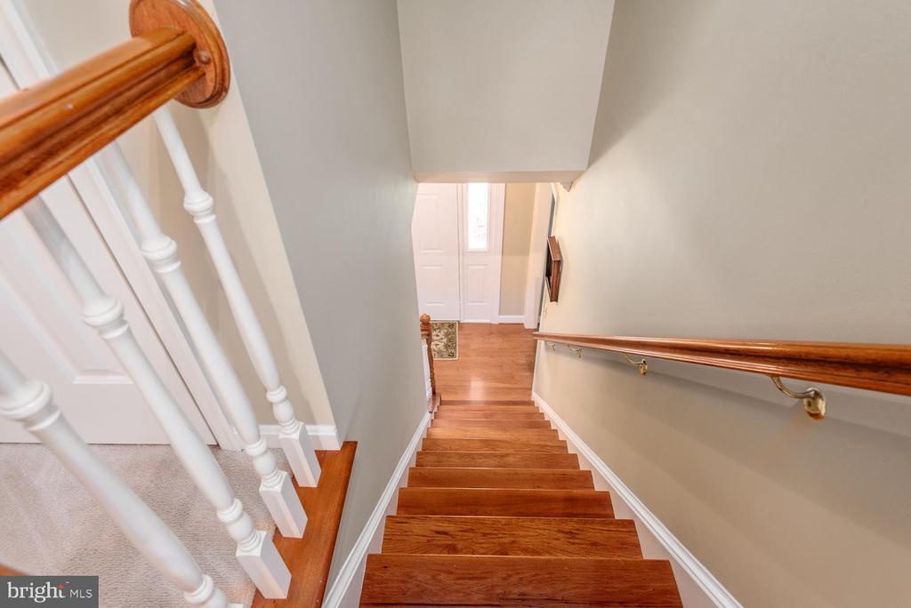 Main stairwell. - 325 SANDY RIDGE RD, FREDERICKSBURG