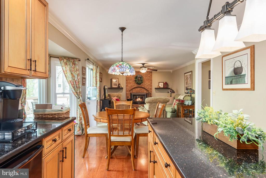 Gorgeous! - 325 SANDY RIDGE RD, FREDERICKSBURG