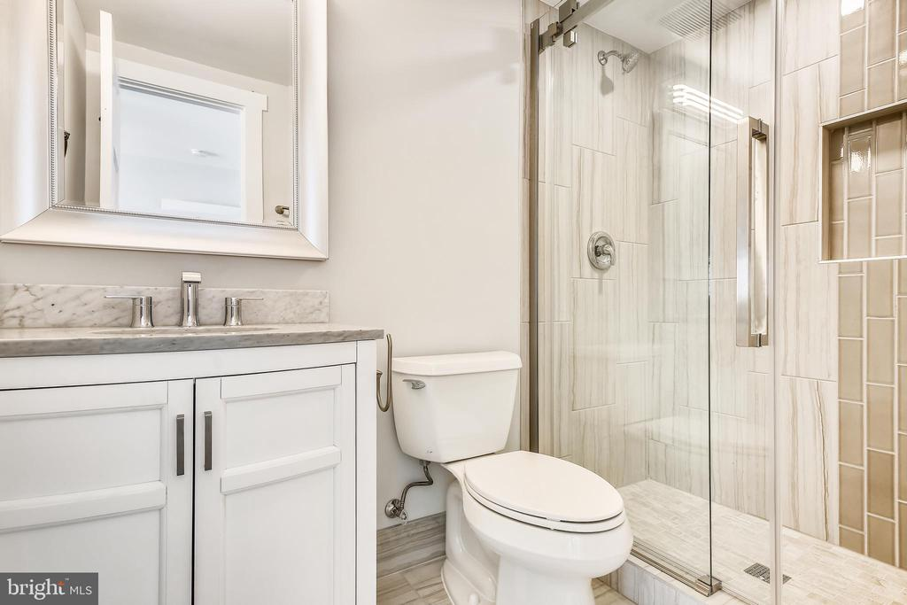 Each bath has unique, beautiful details! - 705 N BARTON ST, ARLINGTON