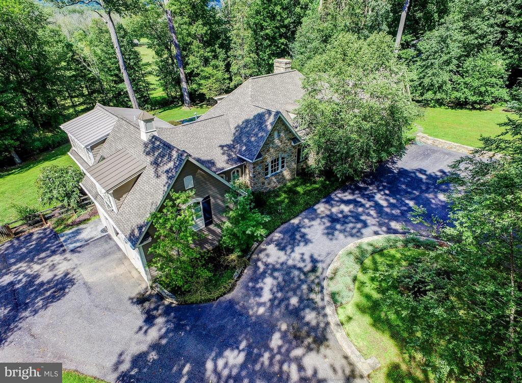 - 28 CAVESWOOD LN, OWINGS MILLS