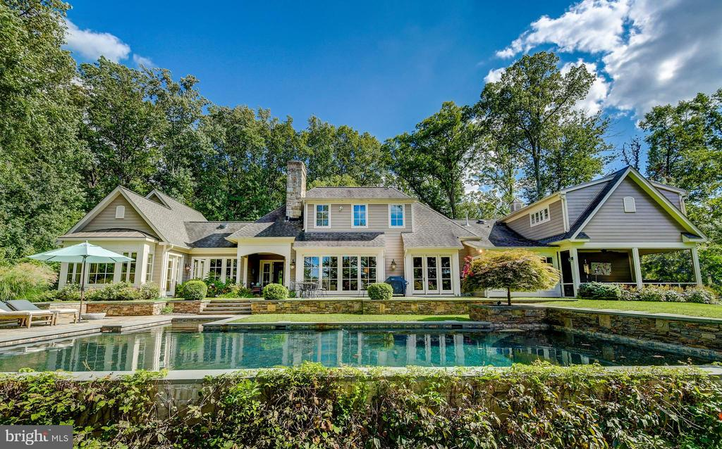 Spectacular - 28 CAVESWOOD LN, OWINGS MILLS