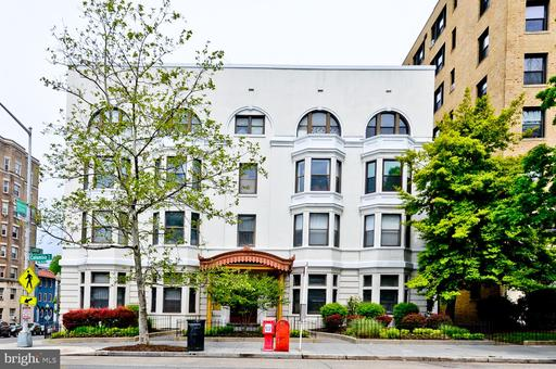 1669 COLUMBIA RD NW #215