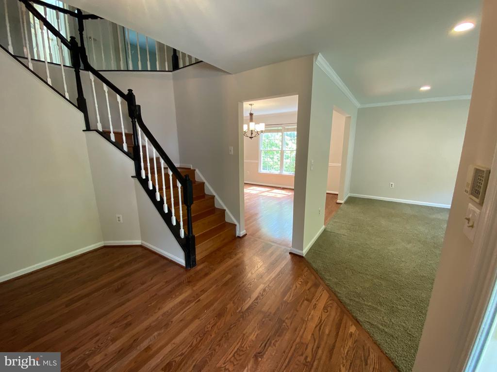 View from entry way looking into Liv & Dining Room - 1401 HUNTING WOOD RD, ANNAPOLIS