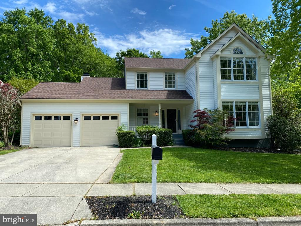 Corner Lot in sought after Hunt Meadow.  New Roof! - 1401 HUNTING WOOD RD, ANNAPOLIS