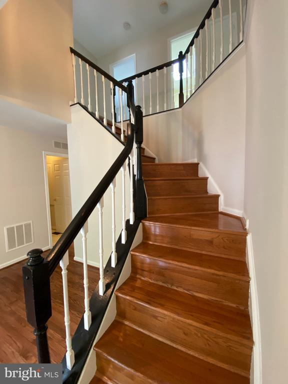 Hardwood floors refinished in 2020 and fresh paint - 1401 HUNTING WOOD RD, ANNAPOLIS