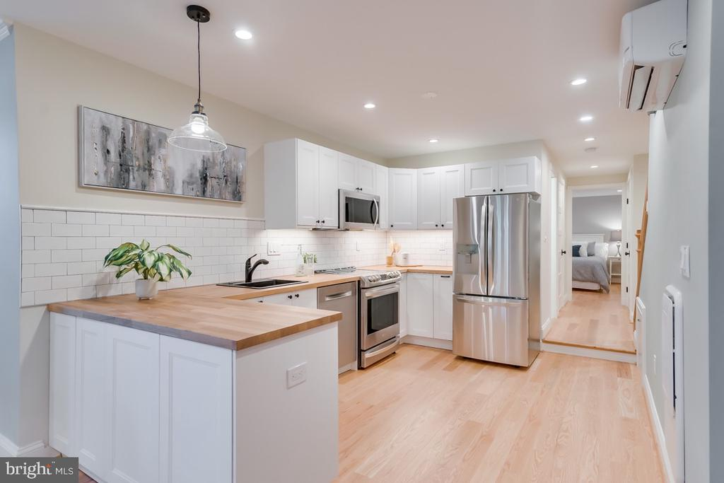 Basement Kitchen with Butcher block counter - 517 13TH ST NE, WASHINGTON