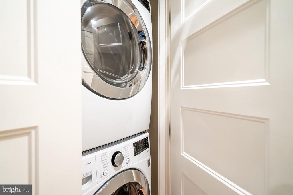 Separate Basement laundry and additional closet - 517 13TH ST NE, WASHINGTON