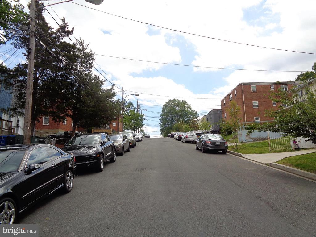 Street Scene - 535 59TH ST NE, WASHINGTON