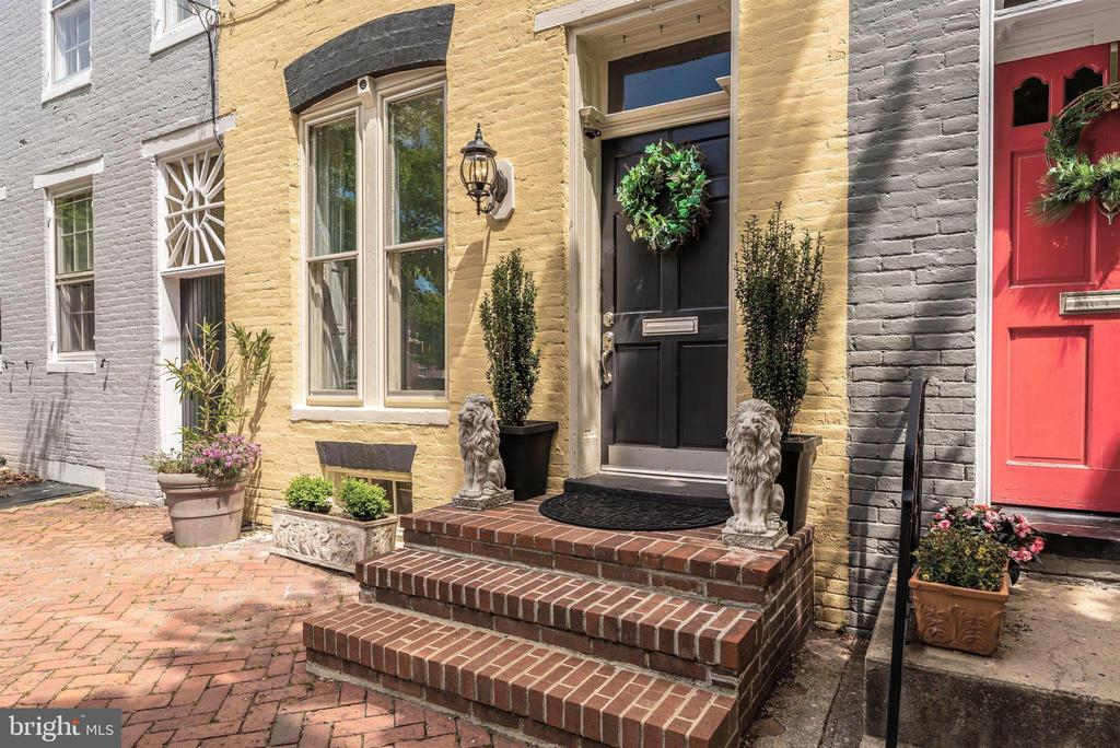 Inviting brick entry - 137 W 3RD ST, FREDERICK