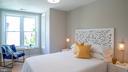 Upstairs middle bedroom - 517 13TH ST NE, WASHINGTON