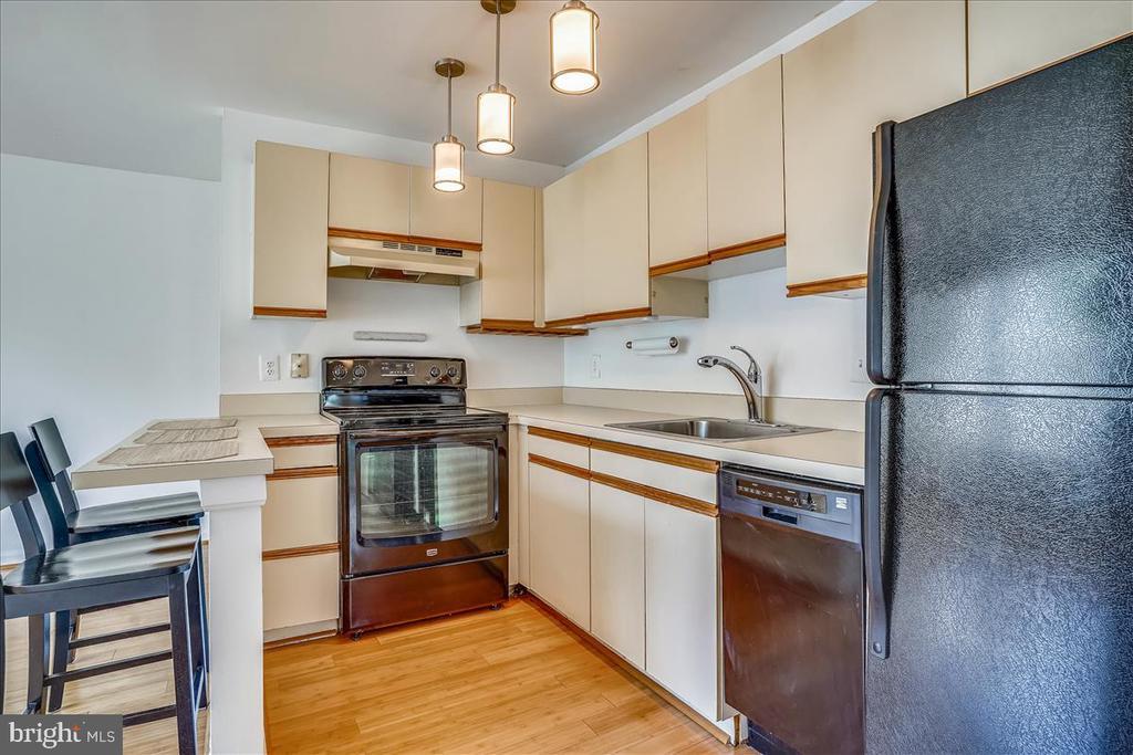 Kitchen - 1707 DEWITT AVE #A, ALEXANDRIA