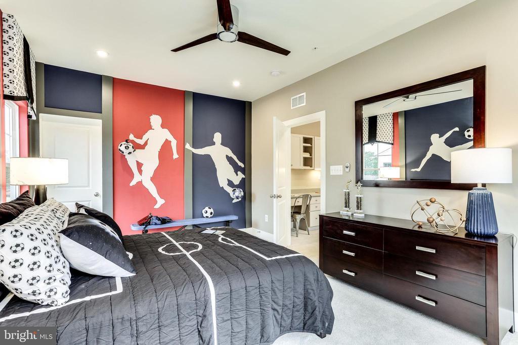 Bedroom 4 - 2108 CONNOR CIR, MOUNT AIRY
