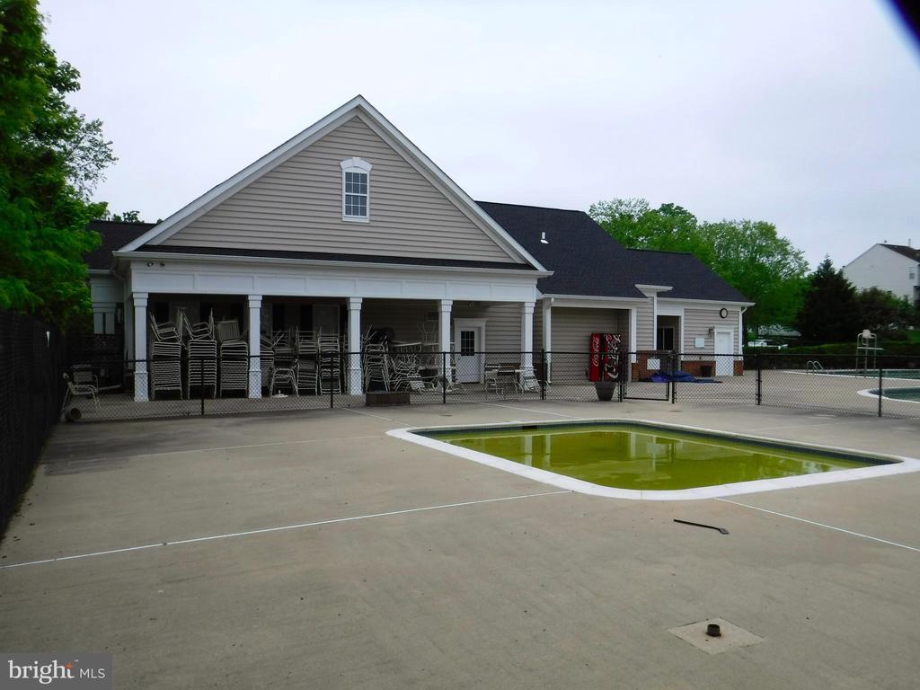 Community pool/clubhouse building - 12062 ETTA PL, BRISTOW
