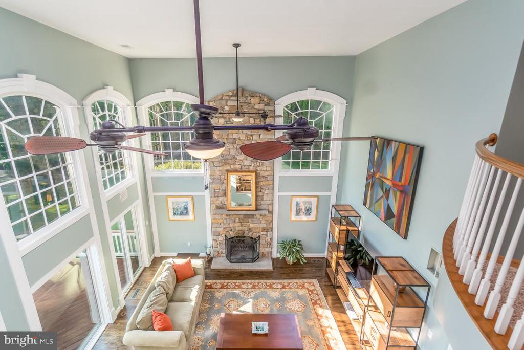 Second story view of family room - 5400 LIGHTNING DR, HAYMARKET