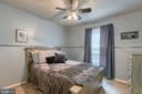 Bedroom 3 with ceiling fan. - 12153 STALLION CT, WOODBRIDGE