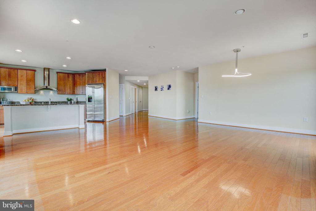 Living Room/Dining Room-Open Floor Plan - 66 FRANKLIN ST #503, ANNAPOLIS