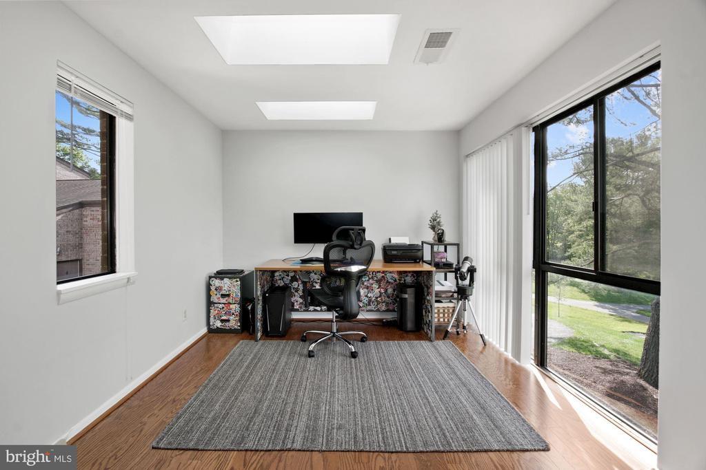 Office (1 of 3) - 10100 LITTLE POND PL #1, MONTGOMERY VILLAGE