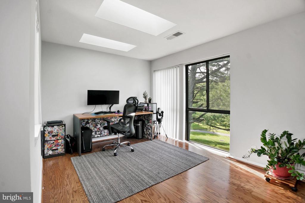 Office (2 of 3) - 10100 LITTLE POND PL #1, MONTGOMERY VILLAGE
