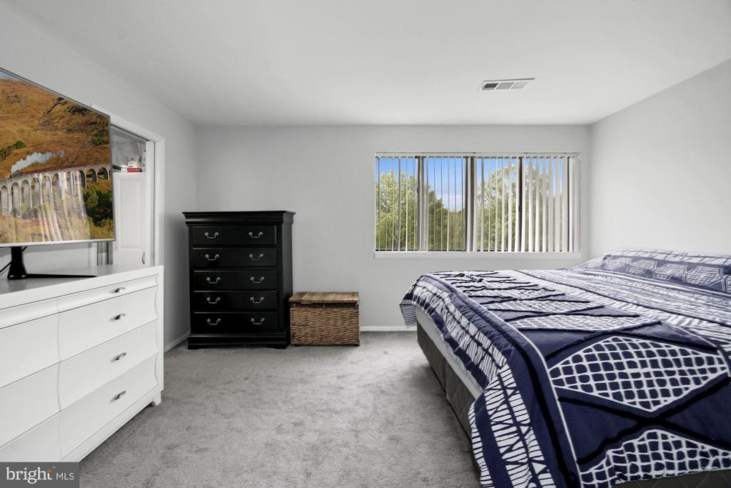 Master Bedroom (2 of 4) - 10100 LITTLE POND PL #1, MONTGOMERY VILLAGE