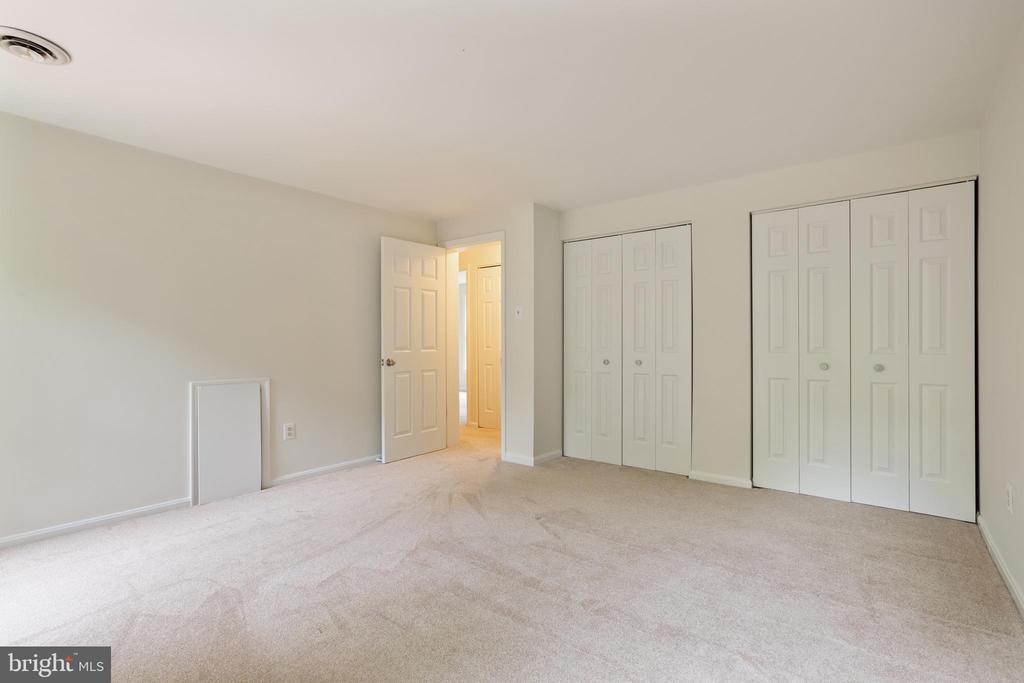 Master Bedroom - 16194 SHEFFIELD DR, DUMFRIES