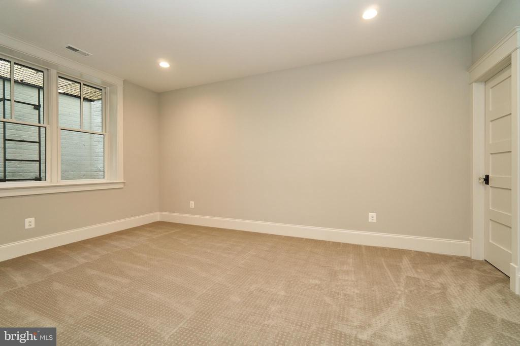 Basement Bedroom - Same model, diff. location - 3526 N OHIO ST, ARLINGTON