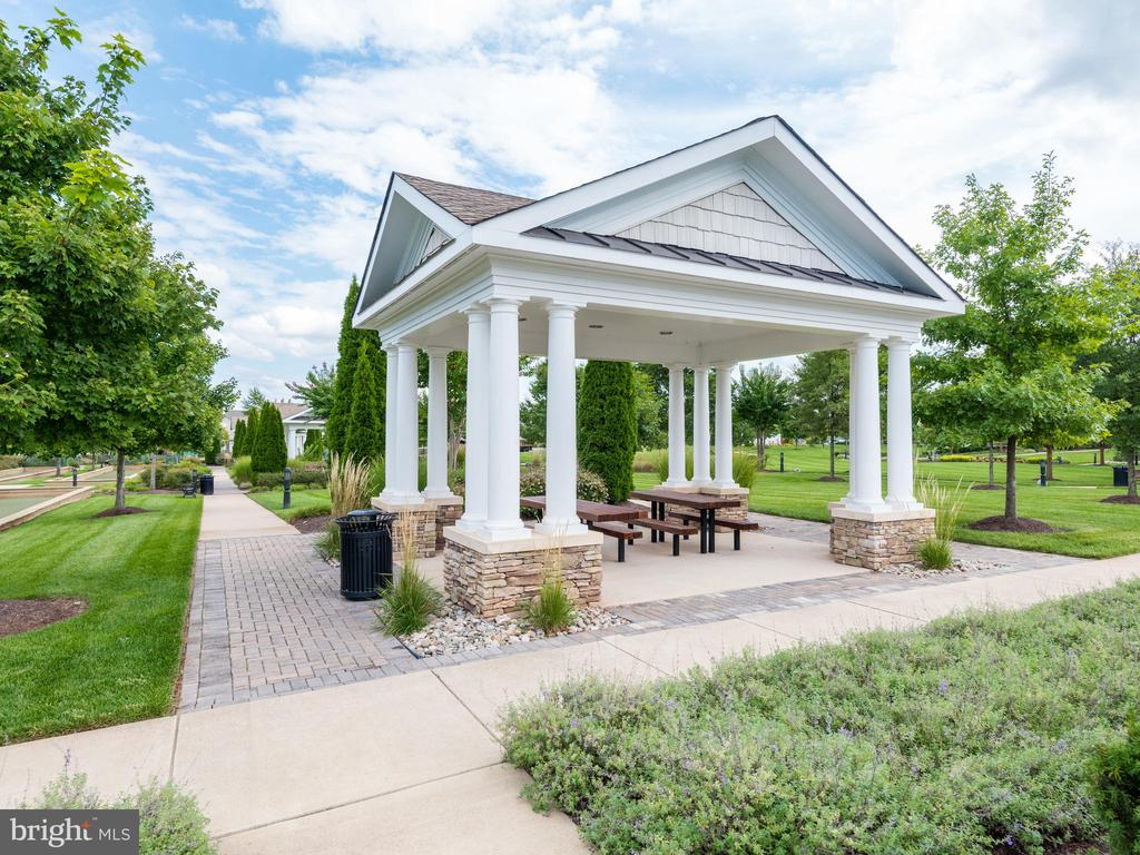 Lush Green Areas, Walking Paths & Picnic Areas - 20505 LITTLE CREEK TER #203, ASHBURN