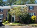 Brick front home - 5508 KENDRICK LN, BURKE