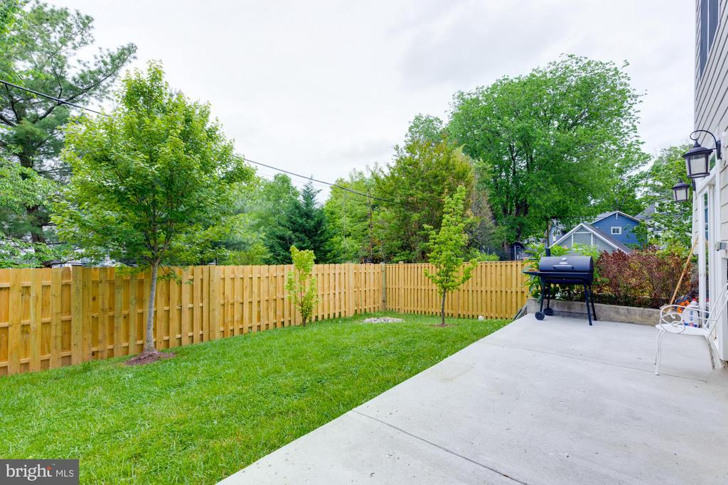 NEW FENCE AND PATIO - 2608 3RD ST N, ARLINGTON