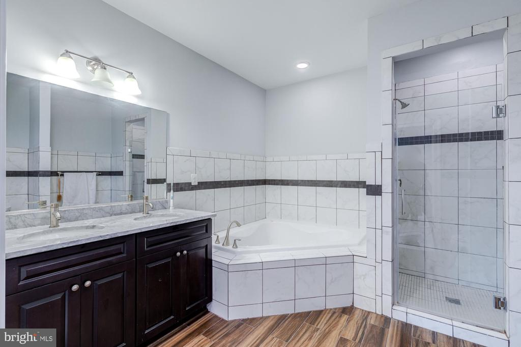 MASTER ON SUITE IN BASEMENT - 2608 3RD ST N, ARLINGTON