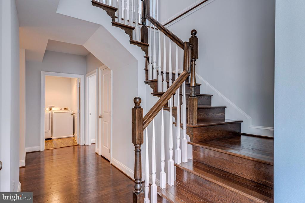 STAIRCASE TO 4TH FLOOR - 2608 3RD ST N, ARLINGTON