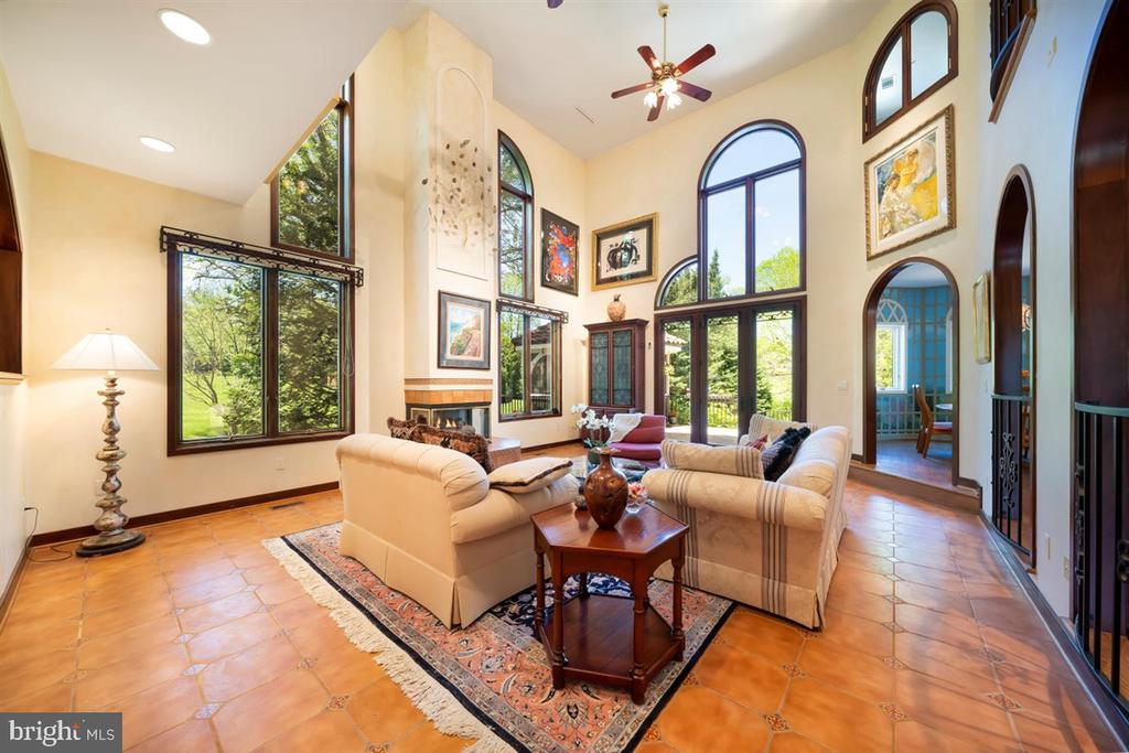 Living Room - 2-story ceiling, arched windows - 6072 WHITE FLINT DR, FREDERICK