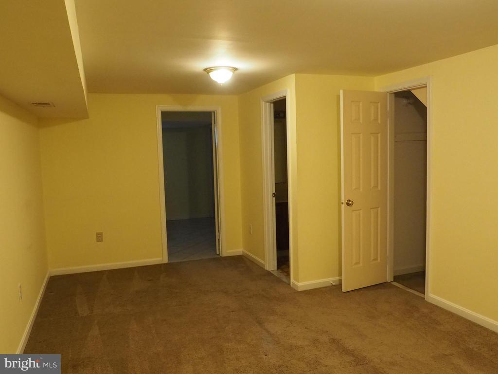 Rec. Room - 3957 9TH RD S, ARLINGTON