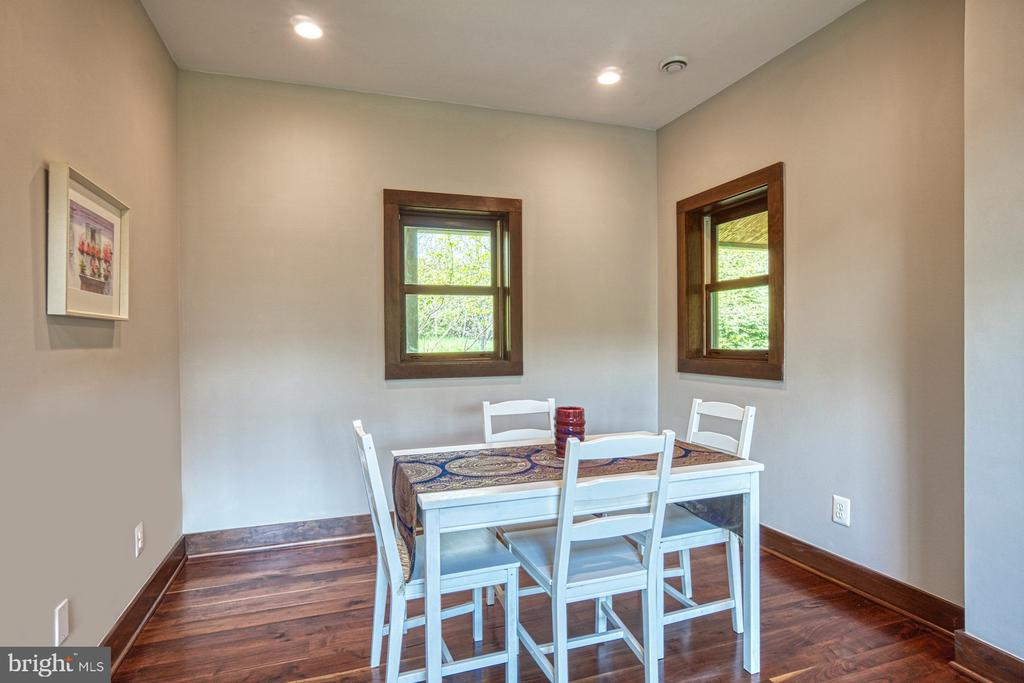 Dining Room - 40985 REDWING SONG LN, LOVETTSVILLE
