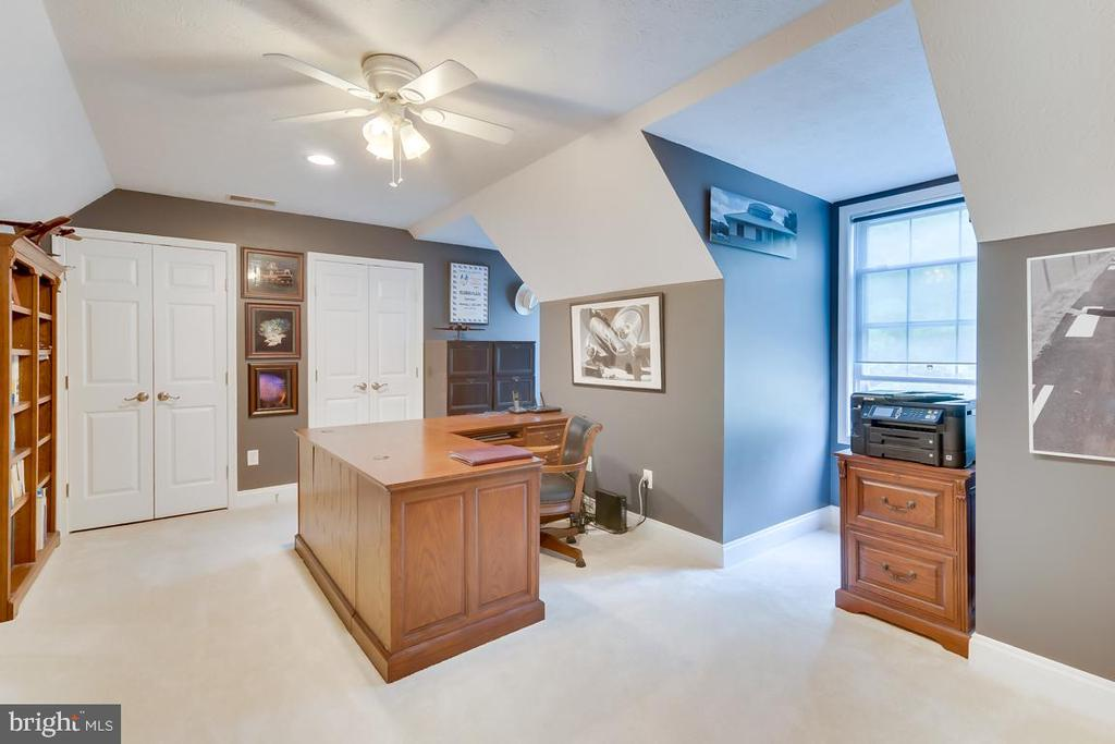 Office/Nursery off Master Bedroom - 1065 MOUNTAIN VIEW RD, FREDERICKSBURG