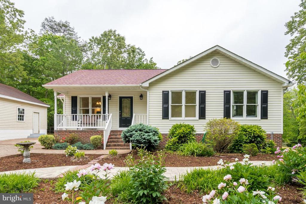Welcome to the Guest House! - 1065 MOUNTAIN VIEW RD, FREDERICKSBURG