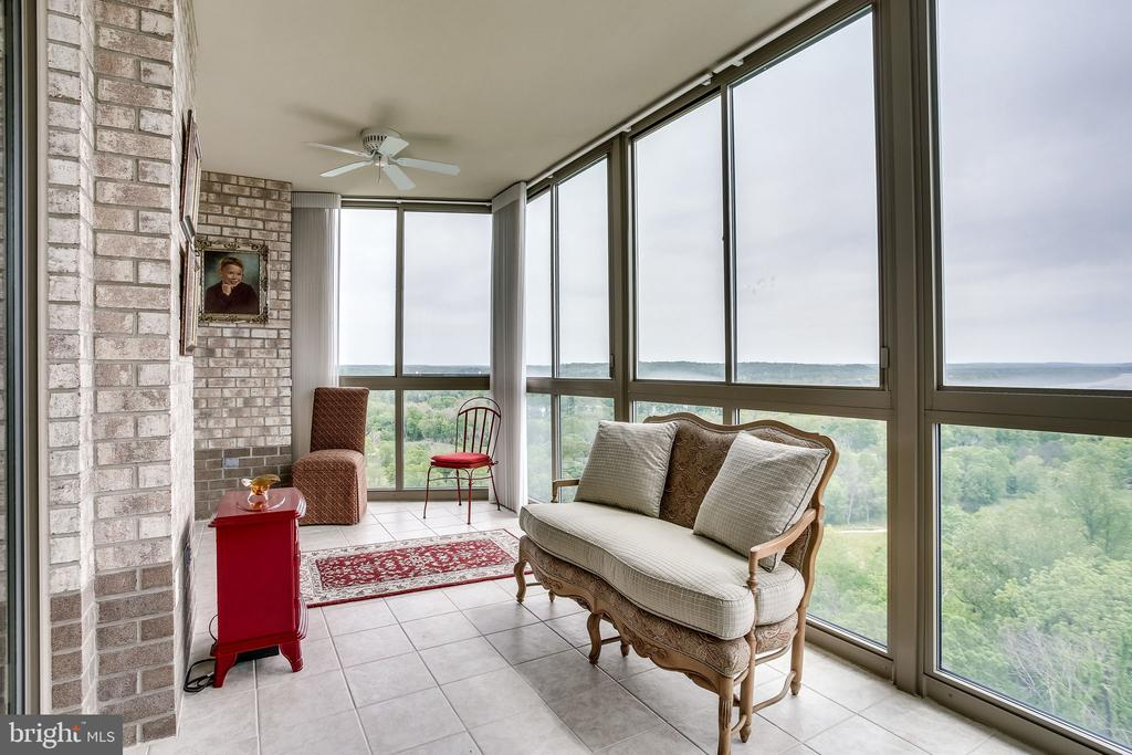 Sunroom has views for miles - 19355 CYPRESS RIDGE TER #1118, LEESBURG