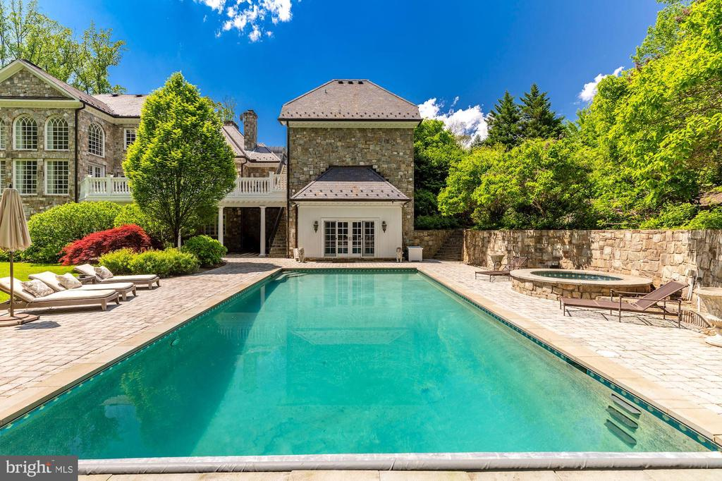 Pool & Pool House - 7712 GEORGETOWN PIKE, MCLEAN