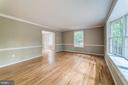 Formal living room w/bay window - 5696 GAINES ST, BURKE