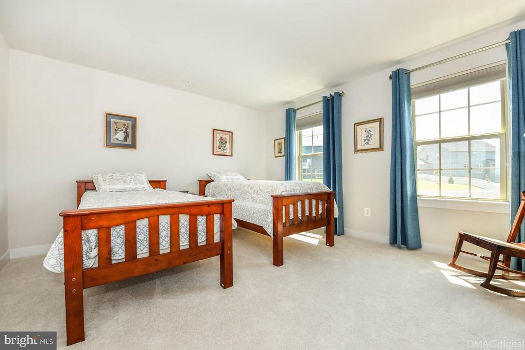 Bedroom 2. - 9687 AMELIA CT, NEW MARKET