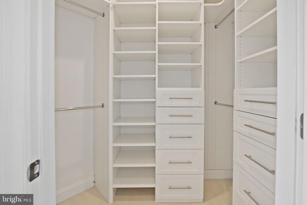 Master Closet - 10846 SYMPHONY PARK DR, NORTH BETHESDA