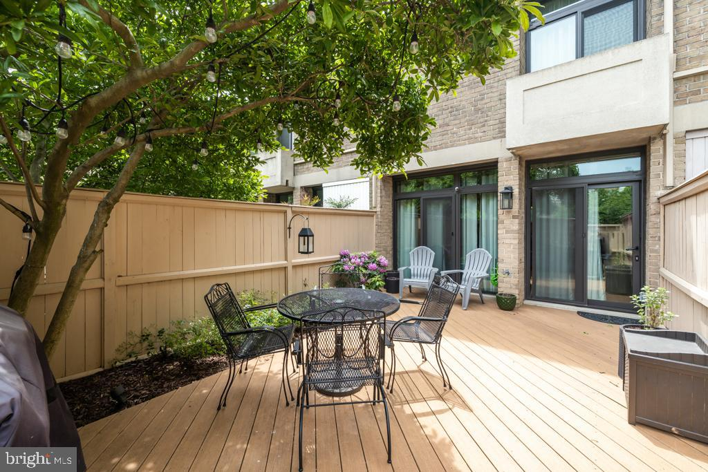 Rear patio - 363 N ST SW #363, WASHINGTON