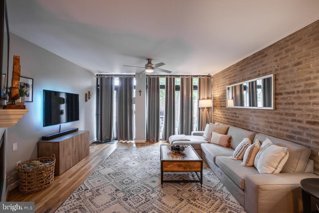 Family room leads to back patio - 363 N ST SW #363, WASHINGTON