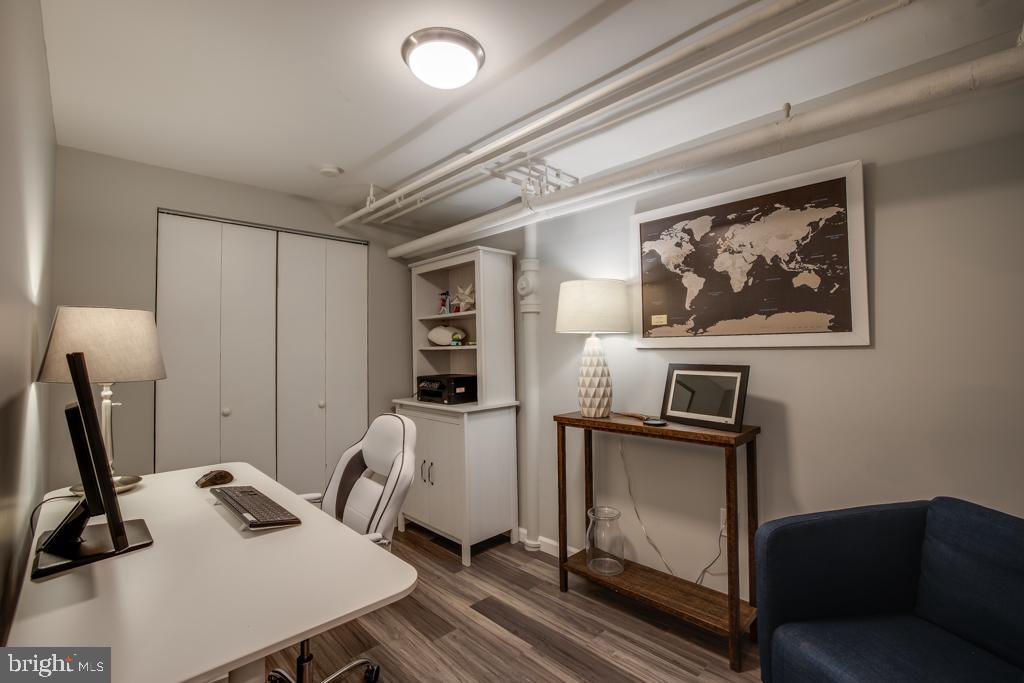 Den/office in lower level - 363 N ST SW #363, WASHINGTON