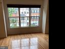 Bay window in living room. - 6587 KIERNAN CT, ALEXANDRIA