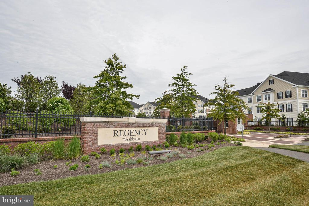 Welcome to Regency of Ashburn - 20981 ROCKY KNOLL SQUARE #107, ASHBURN