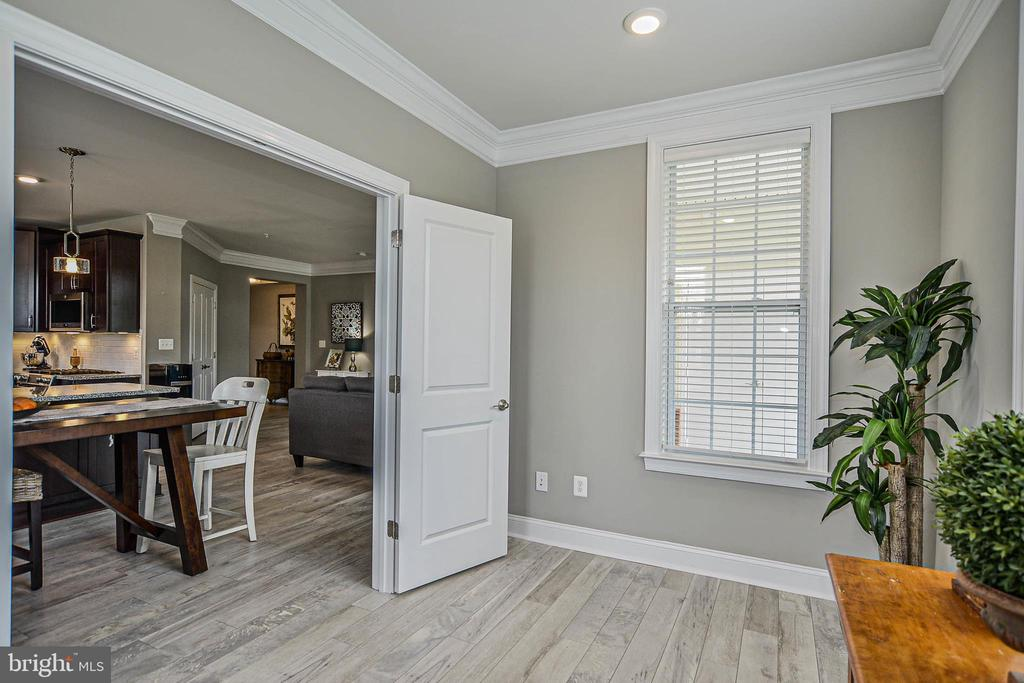 Study looking to diningroom - 20981 ROCKY KNOLL SQUARE #107, ASHBURN