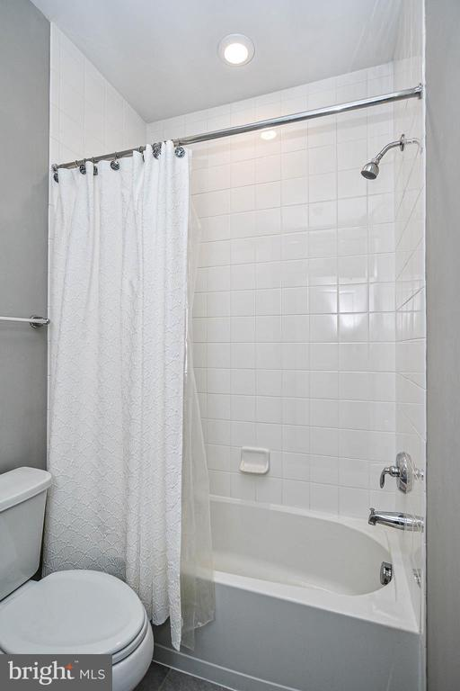 Beth that goes with the second bedroom - 20981 ROCKY KNOLL SQUARE #107, ASHBURN